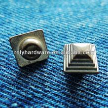 Square shaped usa rivet