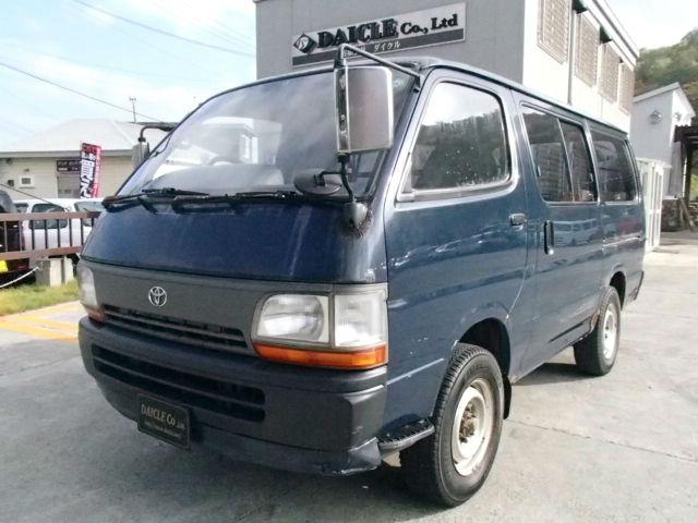 TOYOTA HIACE DX 4WD 5MT