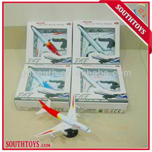 1:500 pull back diecast airliner