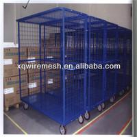 heavy-duty plastic storage box with wheels