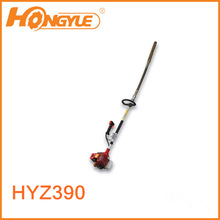 Internal concrete vibrator with four stroke gasoline engine