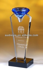 fashionalbe design crsytal trophy diamond on top personalized