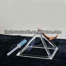 Quartz crystal singing pyramid for healing