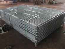 Heavy duty welding wire dog kennel