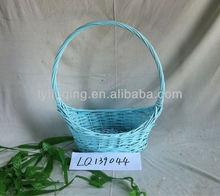 wholesale light bule wicker gift/fruit /flowerstorage basket with long handle (factory supply)
