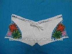 Child crochet cotton pants short embroidery flower pattern