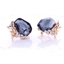 Bright glass gems 2014 wholesale rhinestone women fashion earring