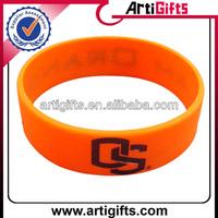 Wholesale cheap silicone rubber bracelet maker