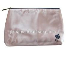 Alibaba China wholesale makeup kits & cheap cosmetic bag
