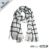 100% acrylic european fashion winter scarf