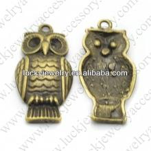 pendants decorative feather owl