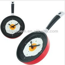 2013 new Creative Omelette Fry Pan Kitchen Fried Egg Design Wall Clock