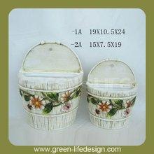 bella elegante muro vivente fioriera di ceramica