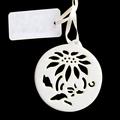 porcelana ornamento de suspensão com fita