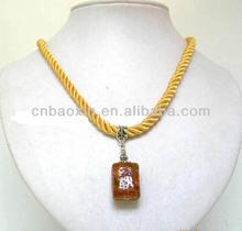 2014 Fashion unique shape pendant elastic cord necklace