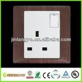 13a negro color de la madera de la pared del reino unido toma de corriente con interruptor( lys1- 1(hb))