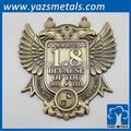 3d etiqueta de metal logo com chapeamento de bronze antigo