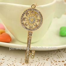 2014 Fashion rhinestone key shape keychain key ring SK1518