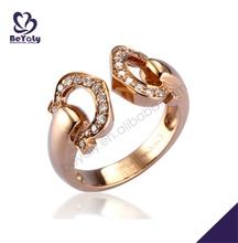 Glittering elegant female love silver thin gold ring