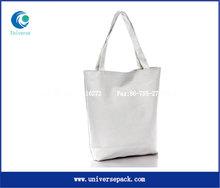white plain canvas bag