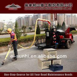 TE-I rubberized driveway crack filler