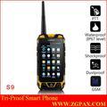 dual sim reloj teléfono resistente al agua ip67 2014 zgpax ptt de largo alcance walkies talkies