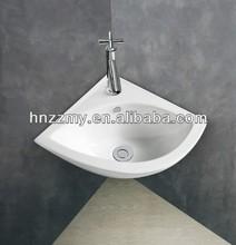 2014 White Ceramic Corner Wash Basin
