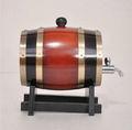 Decorativo barril de madera