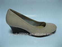 Comfortable ldies wedge heeled shoes