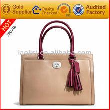 Guangzhou factory supply 100% genuine leather lady fashion handbag wholesale
