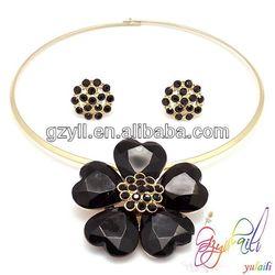 Yulaili 18k zinc alloy fascinating black crystal flower dressing necklace earring jewerly set