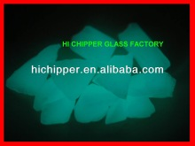 HI CHIPPER Glow in dark glass beads