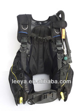 buoyancy compensator scuba diving bcd diving gear