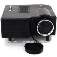 320x240 UC28+ LCD Mini Projector