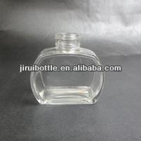 2014 new shape glass car aroma diffuser bottle