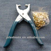 Shoe eyelet crimping punch tool plier