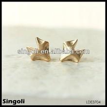 2014 cute gold fox earrings