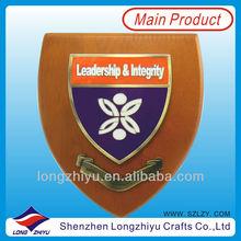 2014 Custom souvenir ships model wood award plaque wood shield trophy supplier