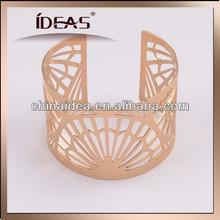 2014 fashionable sector pierced bracelet