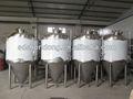 500l cerveja que faz a máquina, 5hl vinho que faz o equipamento