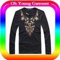 カスタム豪華な刺しゅうt- シャツ綿の長い袖のt- シャツ創造的なデザインメンズt- シャツ