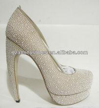 Special high heel pump shoes