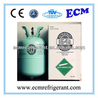 R134A Refrigerant Gas Used To Recharging Car AC System With AC Manifold Gauge And Vacuum Pump