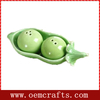 Novelty party and picnic accessories pea style salt and pepper pot