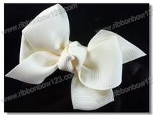 Grosgrain hair ribbon bow with crocodile clips