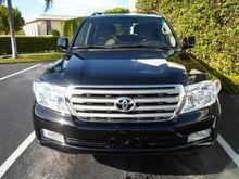 2011 Toyota Land Curiser Base $23000