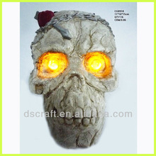 Polyresin halloween ornaments skull head with led eyes