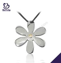 Satin finish handmade flower shape pendant necklace charms