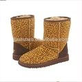 la moda de invierno 2013 mukluk botas para mujer con material de piel de oveja