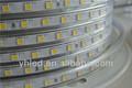 Super bright led lumière de bande, flexible 60pcs/m fonctionnant sur batterie lumières de bande mené